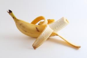 Banana Peel to repel aphids